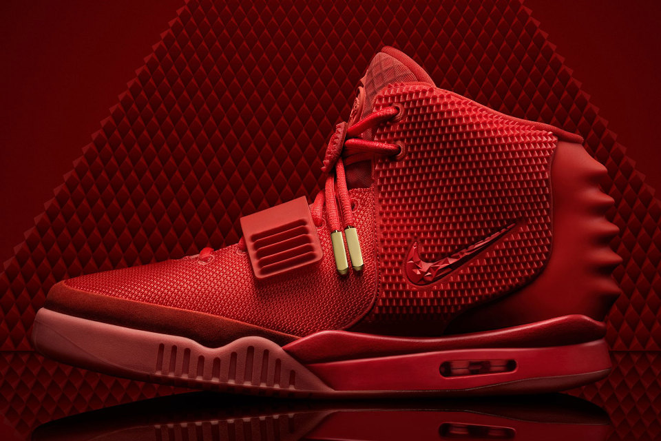 nike-air-yeezy-2-red-october-kanye-west-releases-nikestore-1-acheter_o