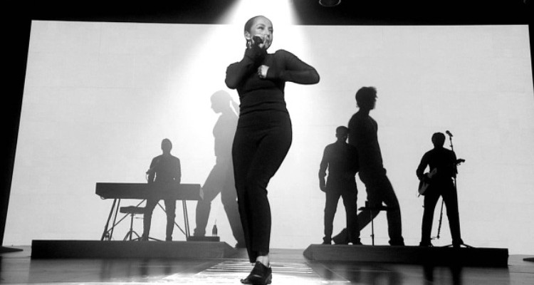 Sade-Love-is-Found-clip-folkr