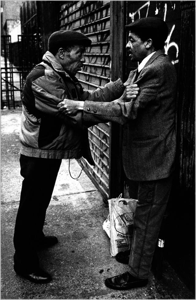 Urban_Prisoner_Matt_Weber_30-years-of-new-york-photography_05