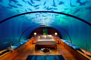 underwater-bedroom-hotel-conrad