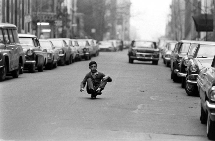 Life-goes-skateboarding-1965-03