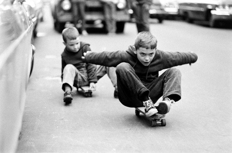 Life-goes-skateboarding-1965-06