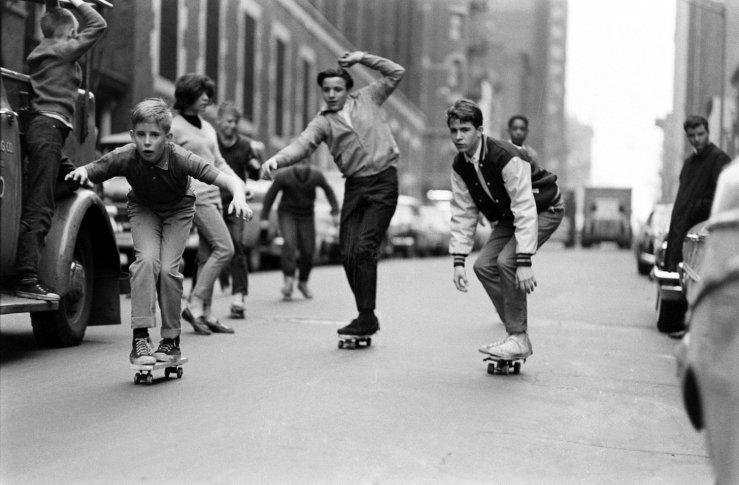 Life-goes-skateboarding-1965-07