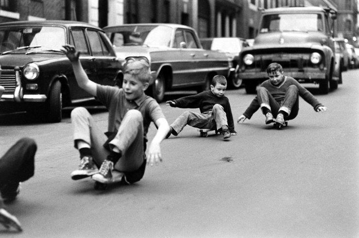 Life-goes-skateboarding-1965-11