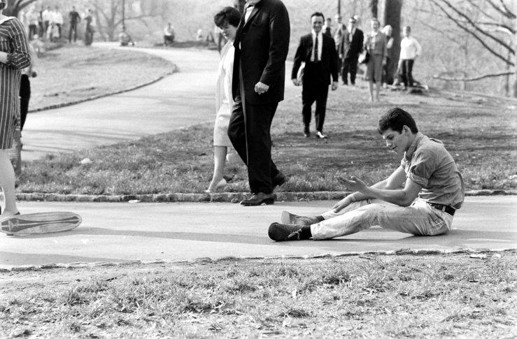 Life-goes-skateboarding-1965-17