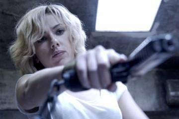 Lucy-luc-besson-Scarlett-Johansson-cover