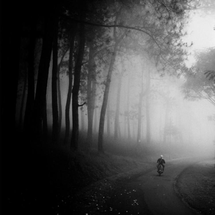 Minimalistic-Photography-by-Hengki-Koentjoro-folkr-12