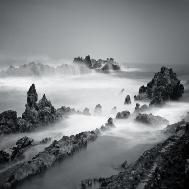 Minimalistic-Photography-by-Hengki-Koentjoro-folkr-18