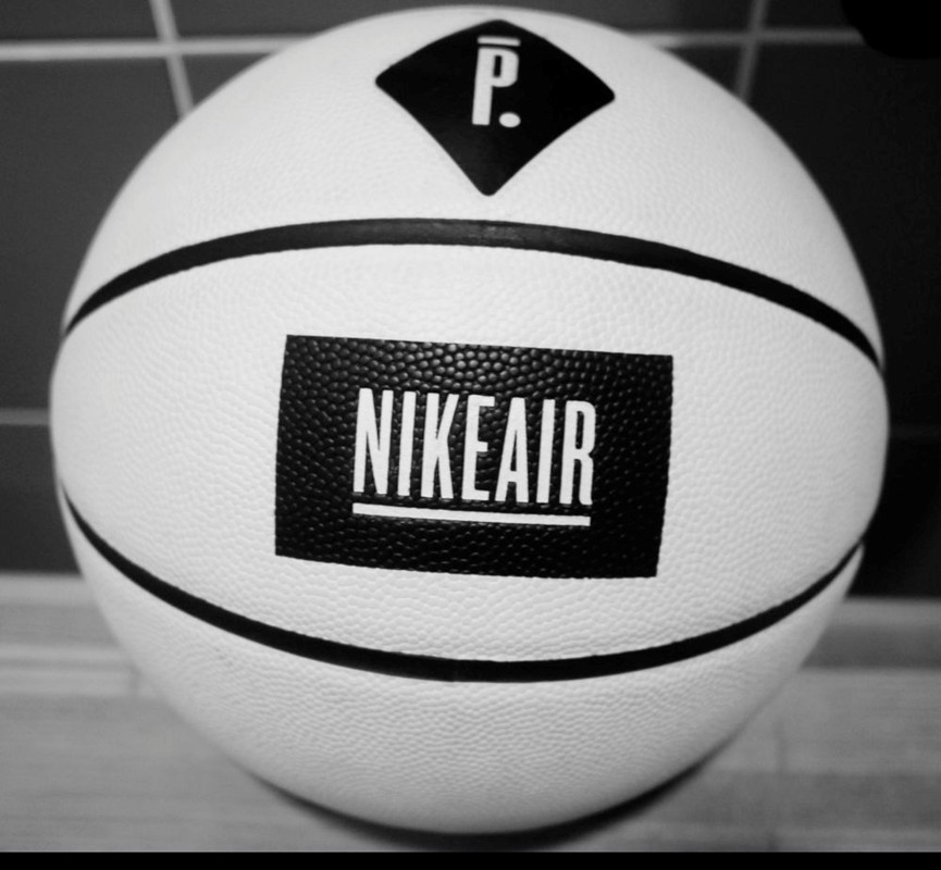 pigalle-x-nike-collection-basketball-first-look-16