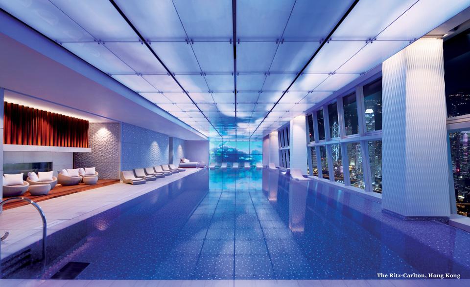 the-ritz-cartlon-hong-kong-pool