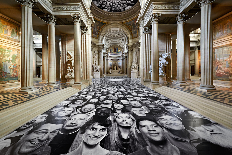 jr-inside-out-paris-pantheon-01