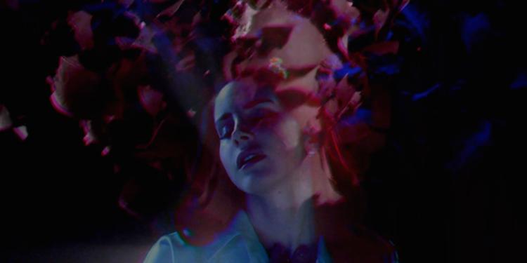 lana-del-rey-shades-of-cool-ultraviolence-03