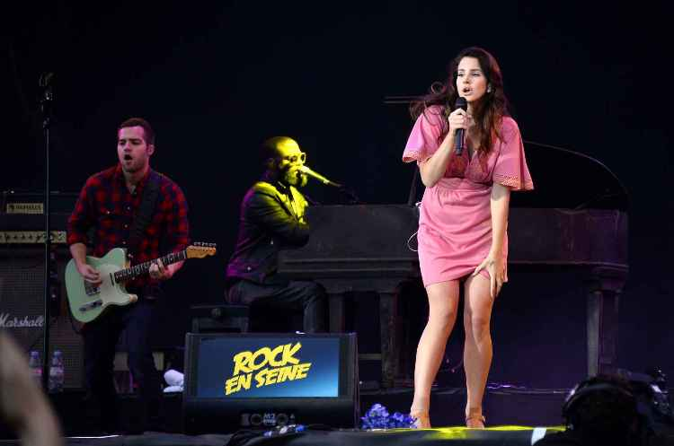 Rock-en-seine-2014-lana-del-rey-bis