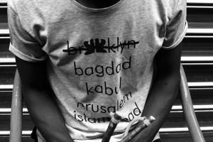 t-shirt-apadana-calendrier-de-l-avent-folkr-02
