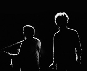 Simon-and-Garfunkel-on-stage-in-silhouette_billboard