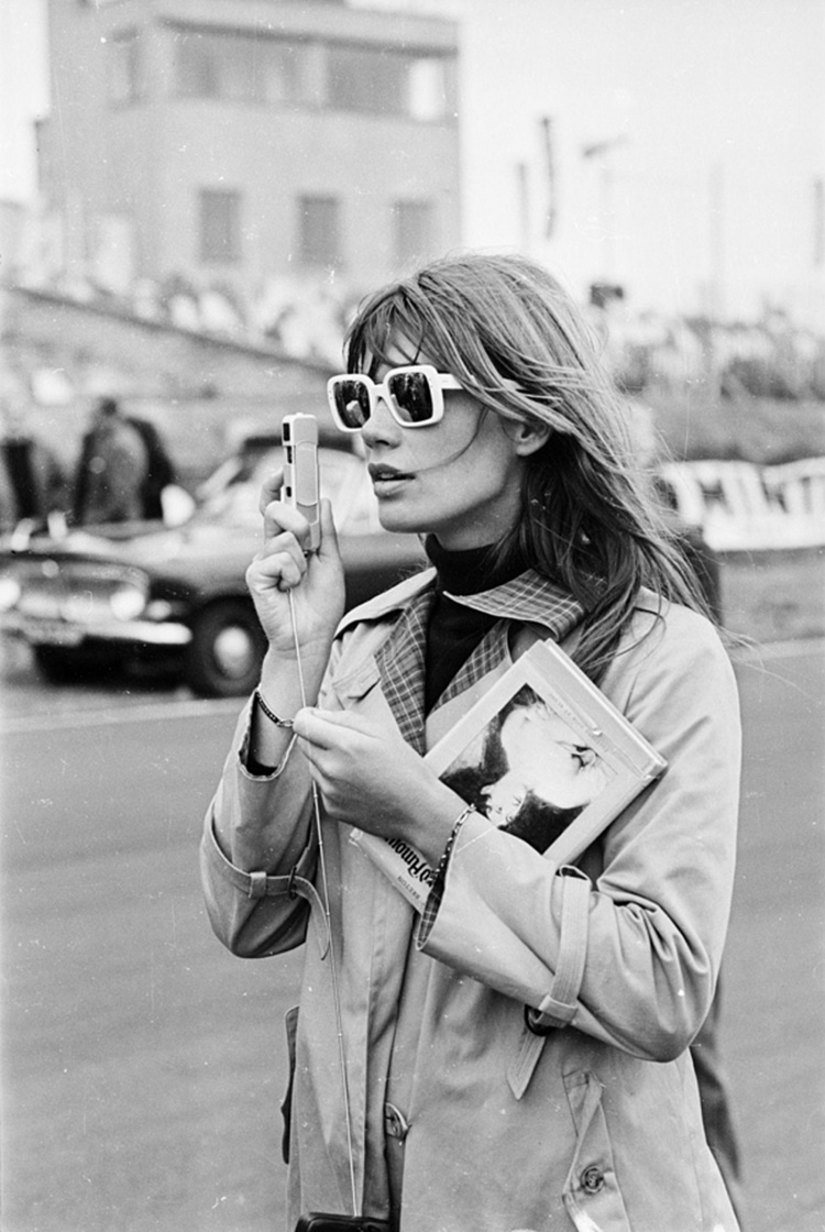 a-guide-to-cool-françoise-hardy-01