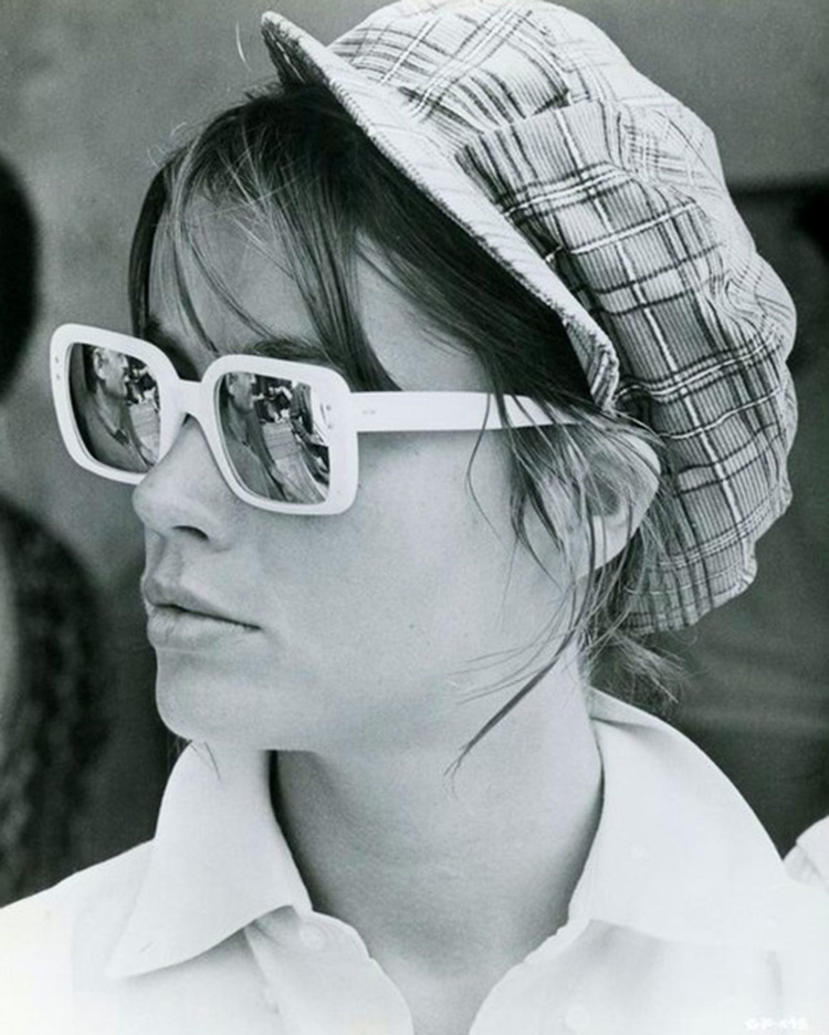 a-guide-to-cool-françoise-hardy-04