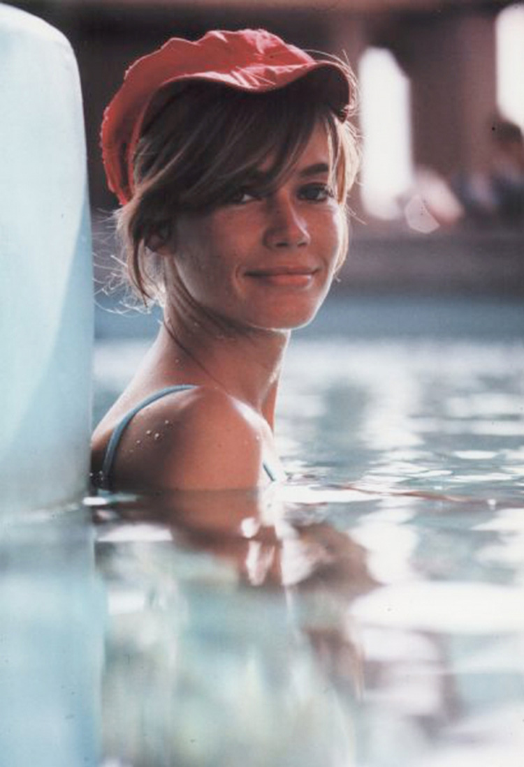 a-guide-to-cool-françoise-hardy-10