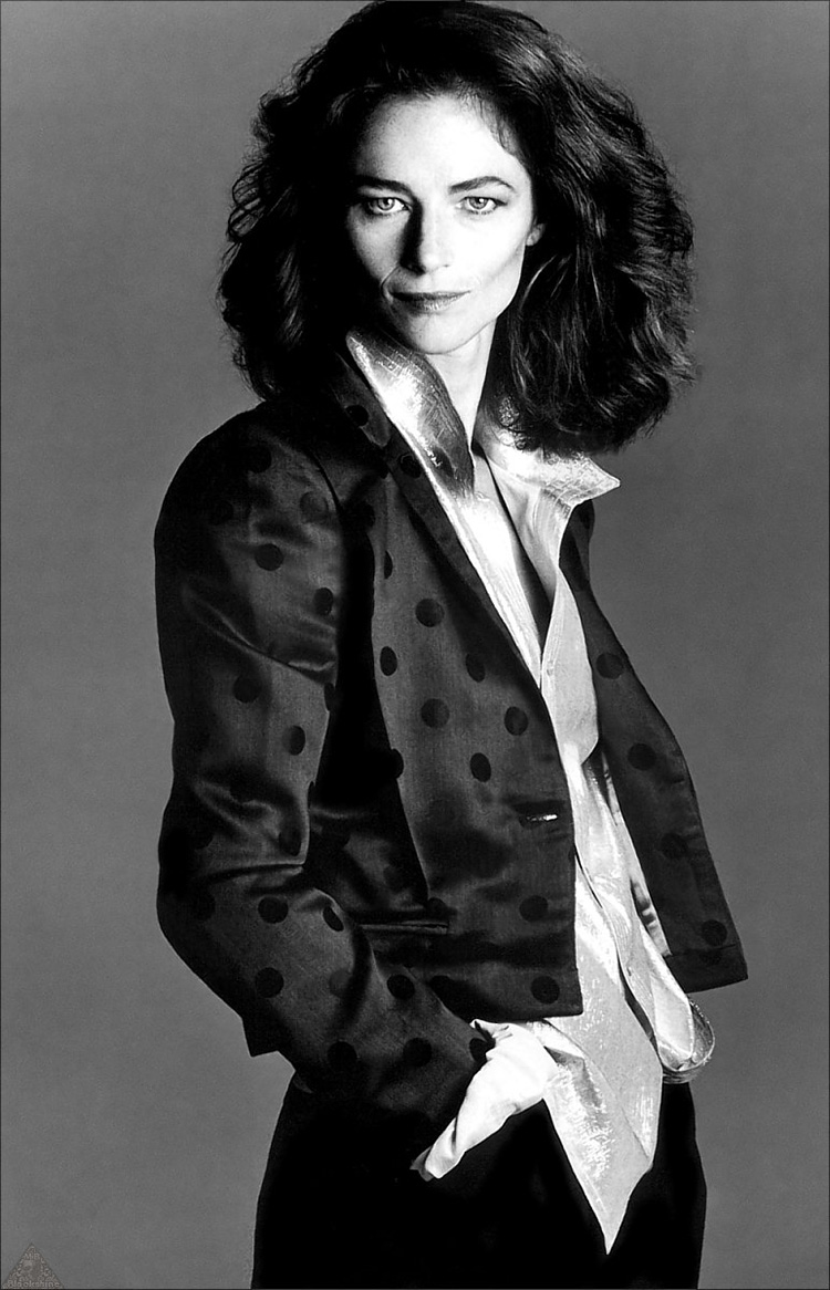 charlotte-rampling-a-guide-to-cool-folkr-10