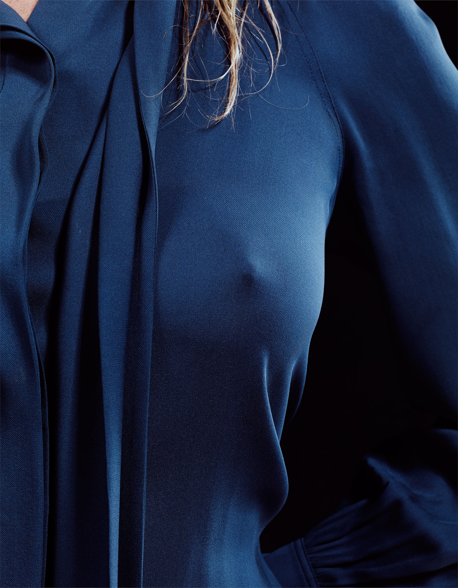 kate-moss-a-piece-of-kate-craig-mc-dean-may-2015-w-magazine-06