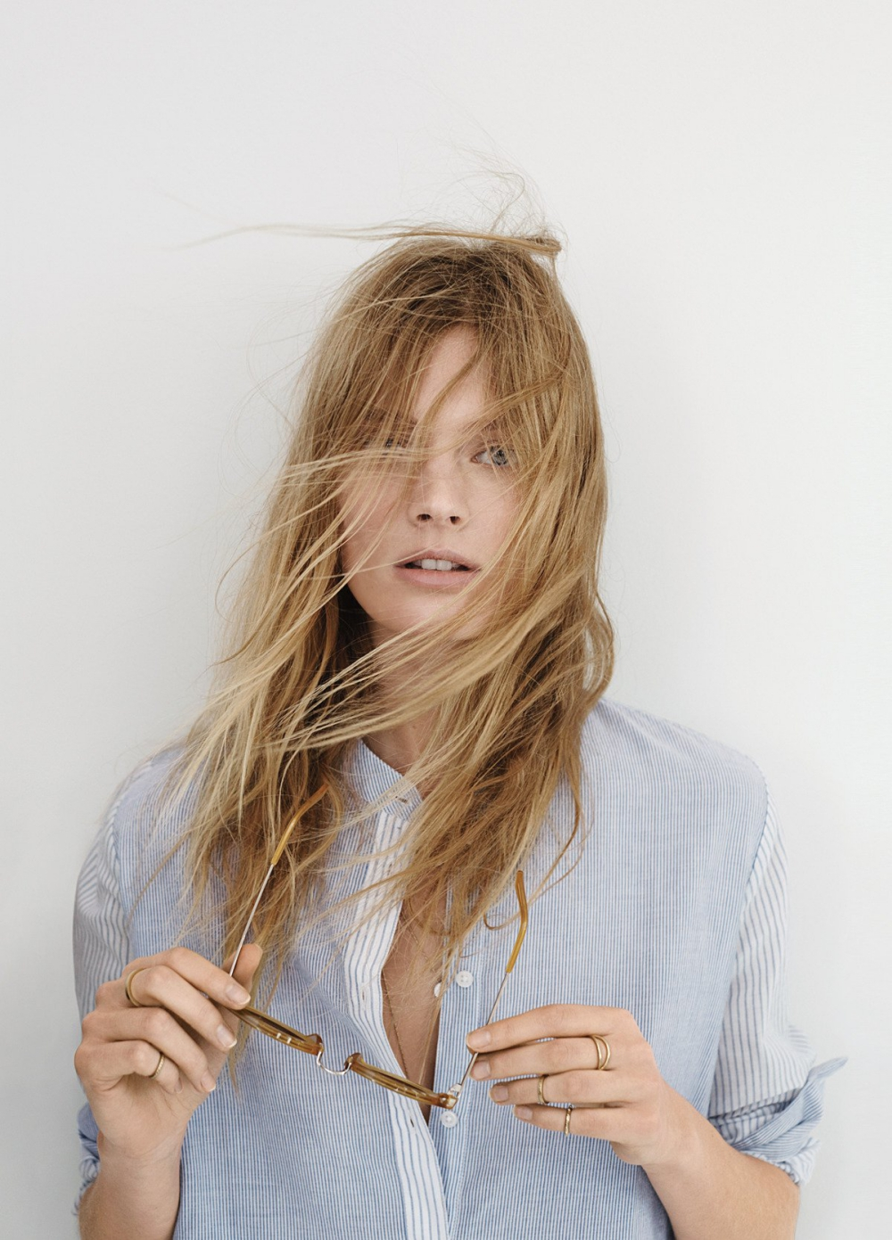 16-welcome-to-my-world-folkr-eye-contact-Constance-Jablonski-Madewell