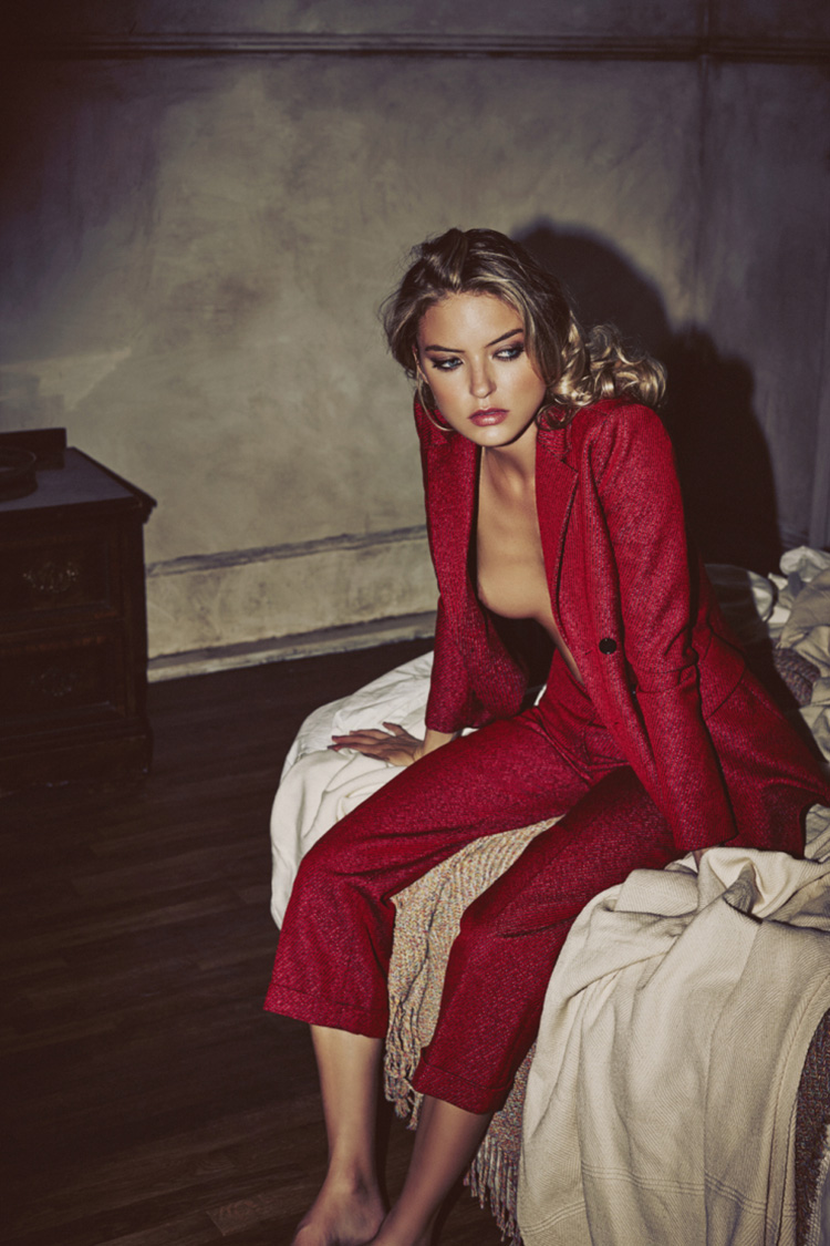 martha-hunt-by-guy-aroch-for-so-it-goes-magazine-fall-winter-2015-folkr-02