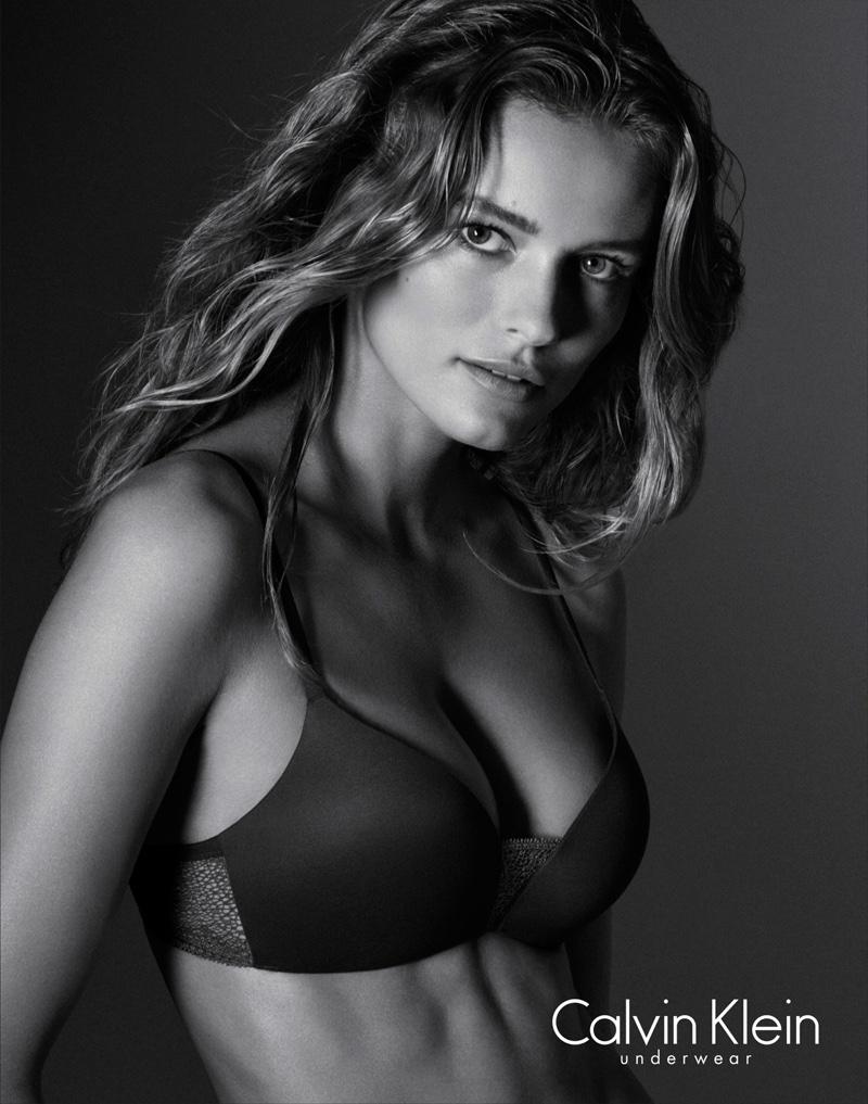 Edita-Vilkeviciute-Calvin-Klein-Underwear-folkr-07