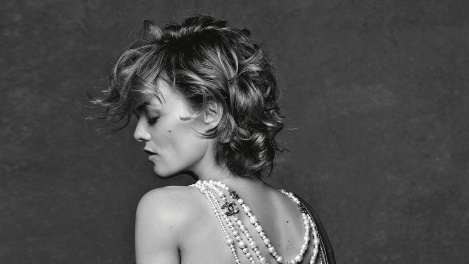 a-guide-to-cool-vanessa-paradis-folkr-13