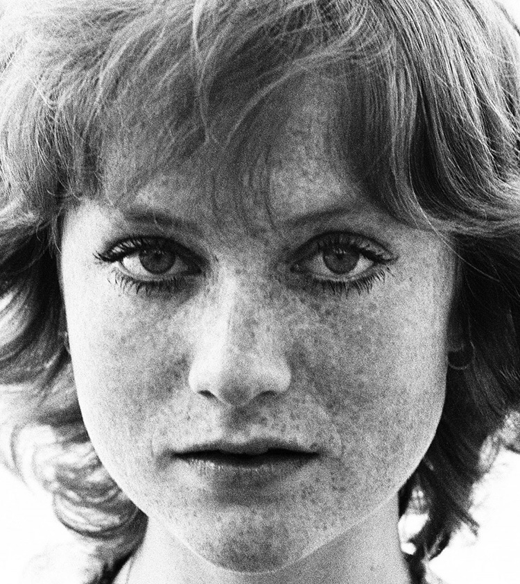 a-guide-to-cool-isabelle-huppert-folkr-15