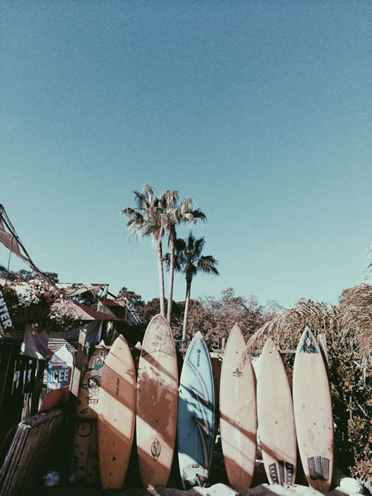 welcome-to-my-world-folkr-surf-1
