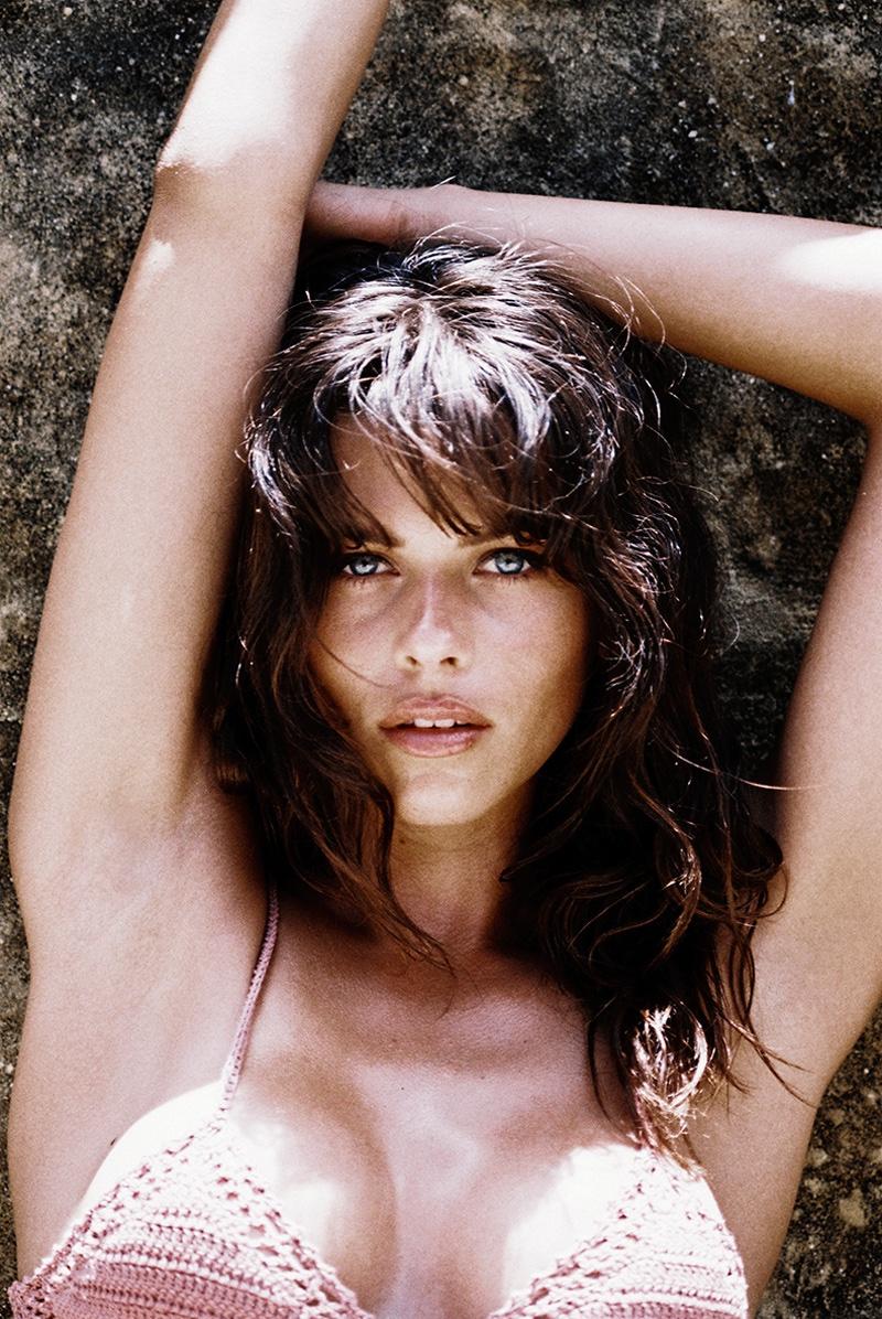 Georgia Fowler-Akila Berjaou-She-Made-Me-Swim-2016-Campaign-folkr-04