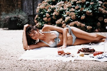 Georgia Fowler-Akila Berjaou-She-Made-Me-Swim-2016-Campaign-folkr-09