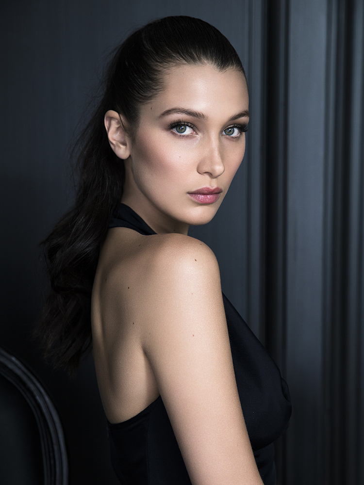 a-guide-to-cool-bella-hadid-folkr-26
