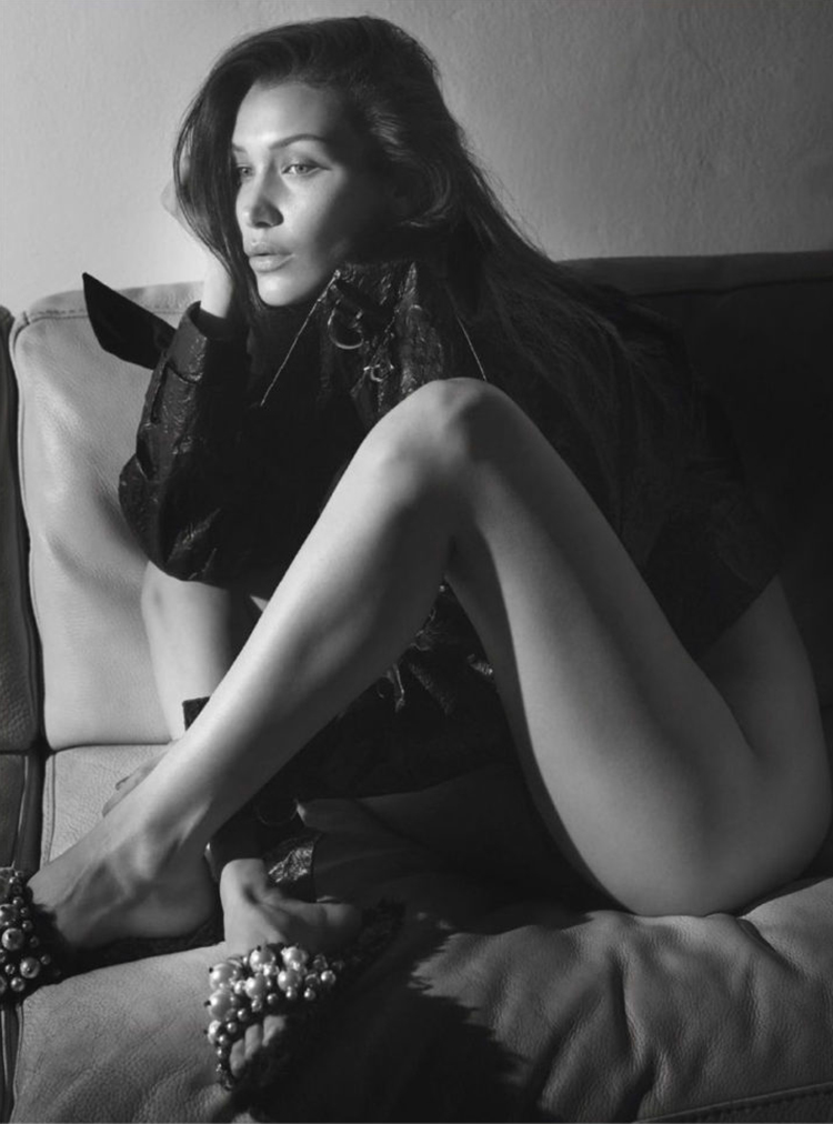 bella-Hadid-Nude-Vogue-Paris-2016-Photo-folkr-03