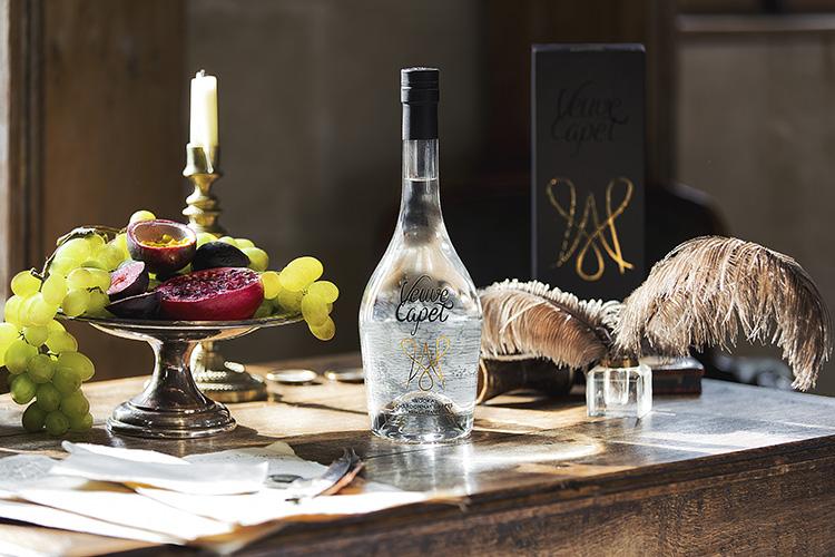 veuve-capet-vodka-folkr-02