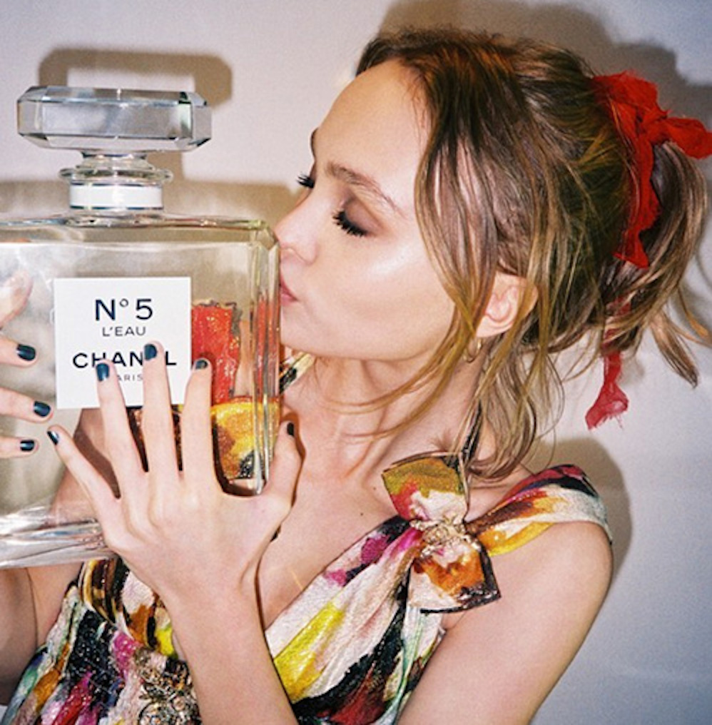 a-guide-to-cool-lily-rose-depp-vanessa-paradis-folkr-15