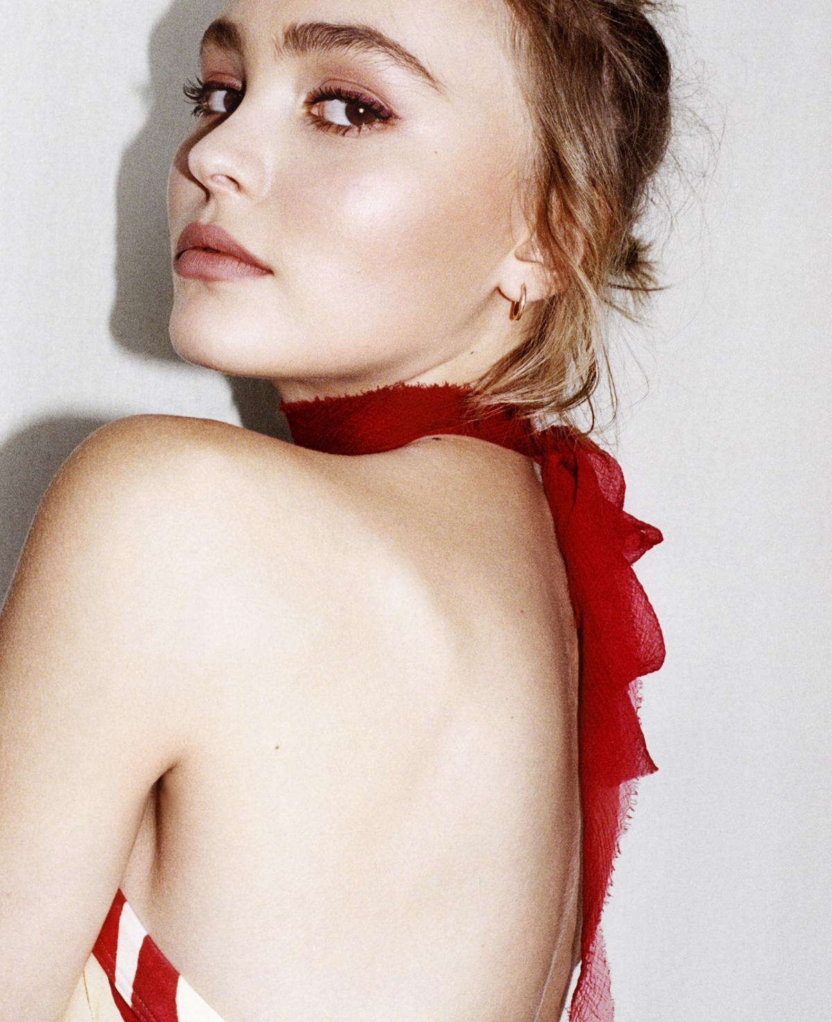 a-guide-to-cool-lily-rose-depp-vanessa-paradis-folkr-9