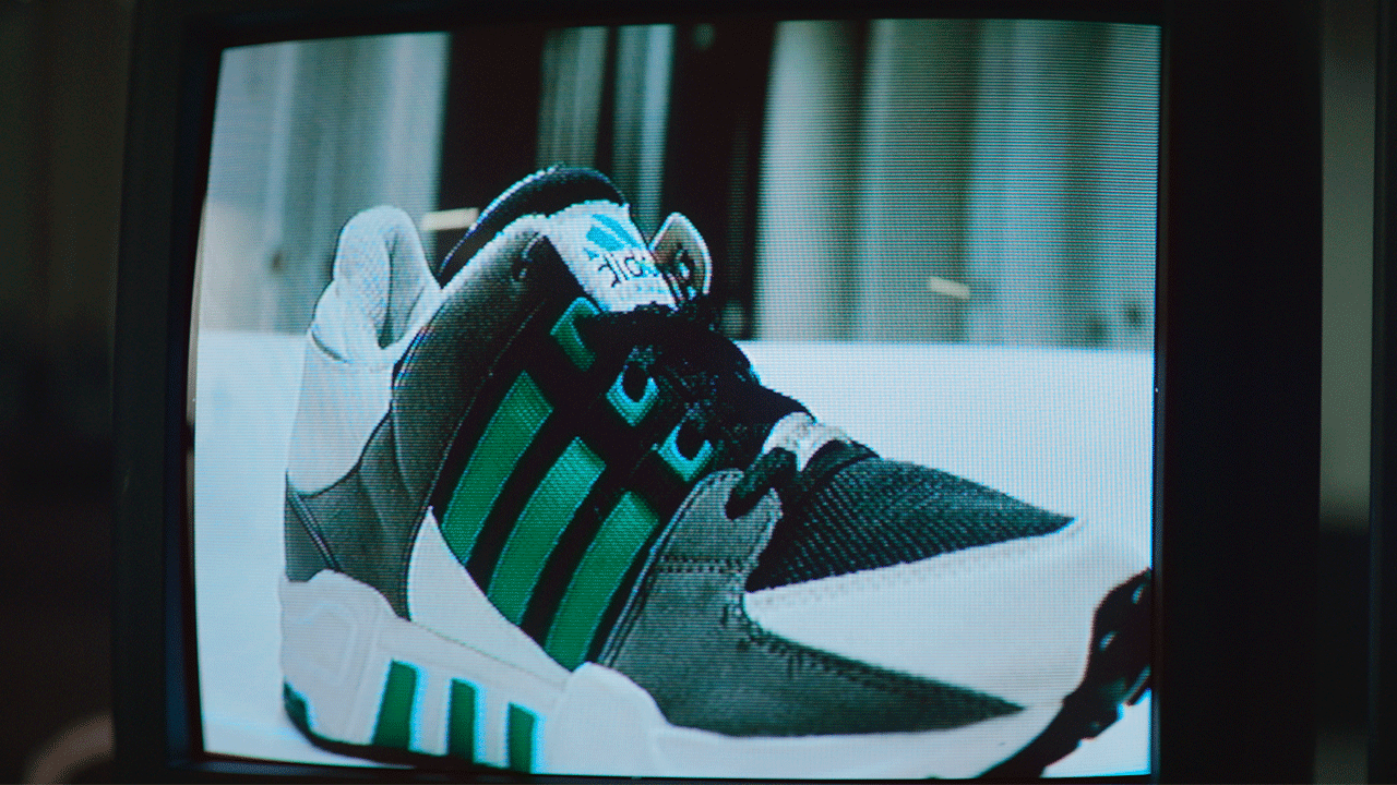 adidas-originals-only-the-essentials-equipment-eqt-folkr-05