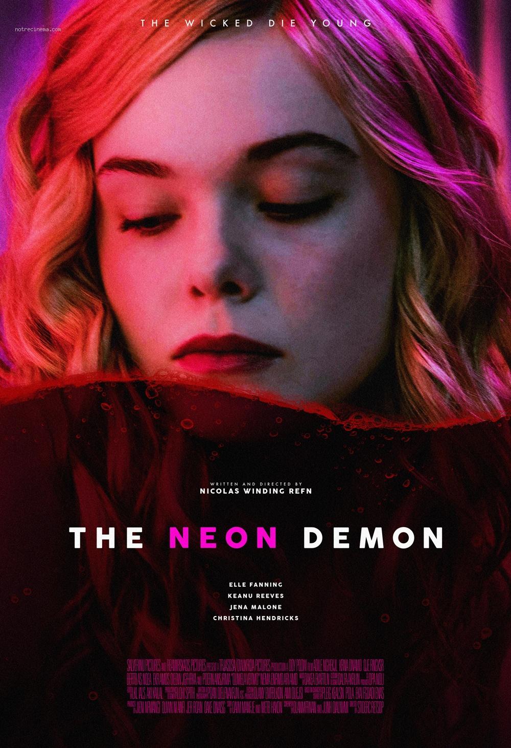 top-20-des-plus-belles-affiches-de-films-de-annee-2016-folkr-14-the-neon-demon