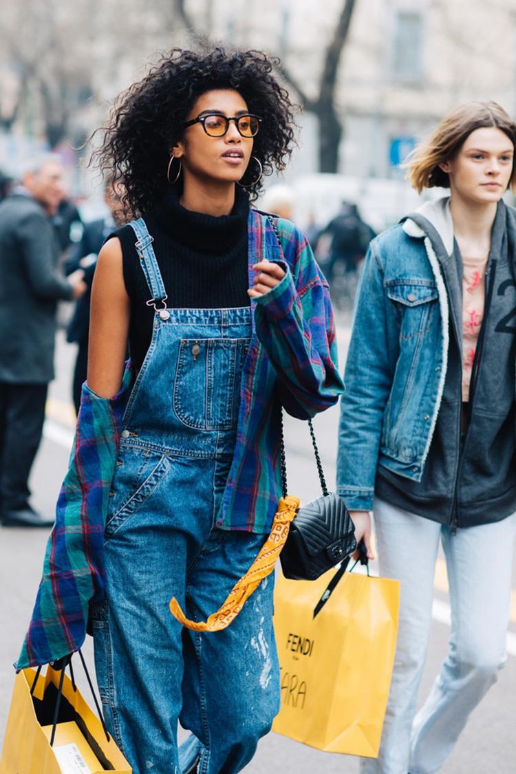 fashion-week-hiver-2017-milan-street-looks-Sandra-Semburg-folkr-1