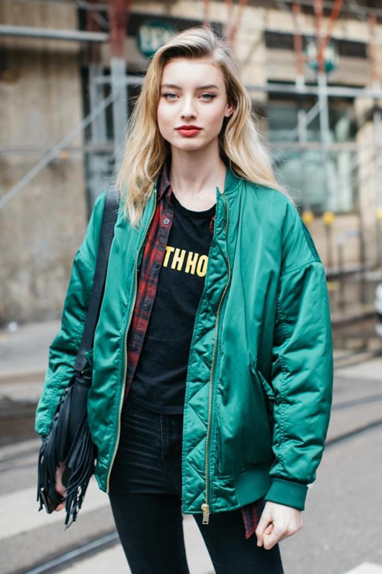 fashion-week-hiver-2017-milan-street-looks-Sandra-Semburg-folkr-2