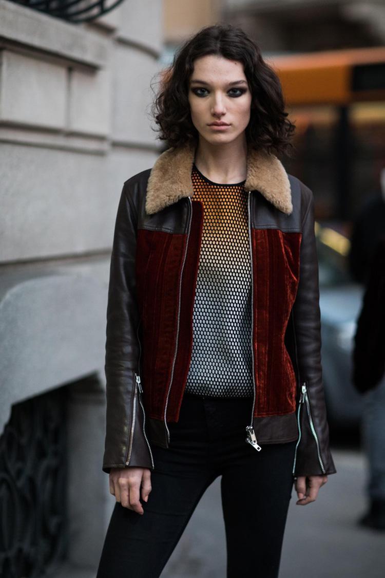 fashion-week-hiver-2017-milan-street-looks-Sandra-Semburg-folkr-9