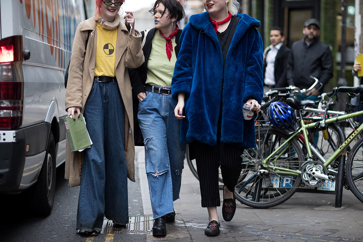 fashion-week-hiver-2017-london-street-looks-eva-al-desnudo-folkr-23