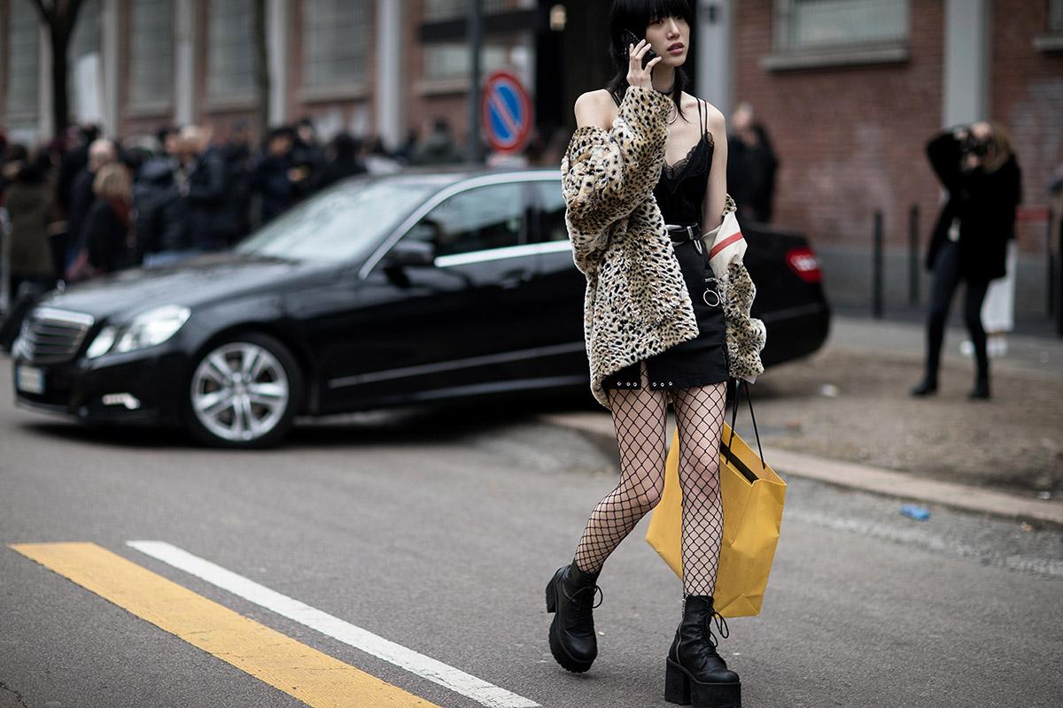 fashion-week-hiver-2017-milan-street-looks-eva-al-desnudo-folkr-31