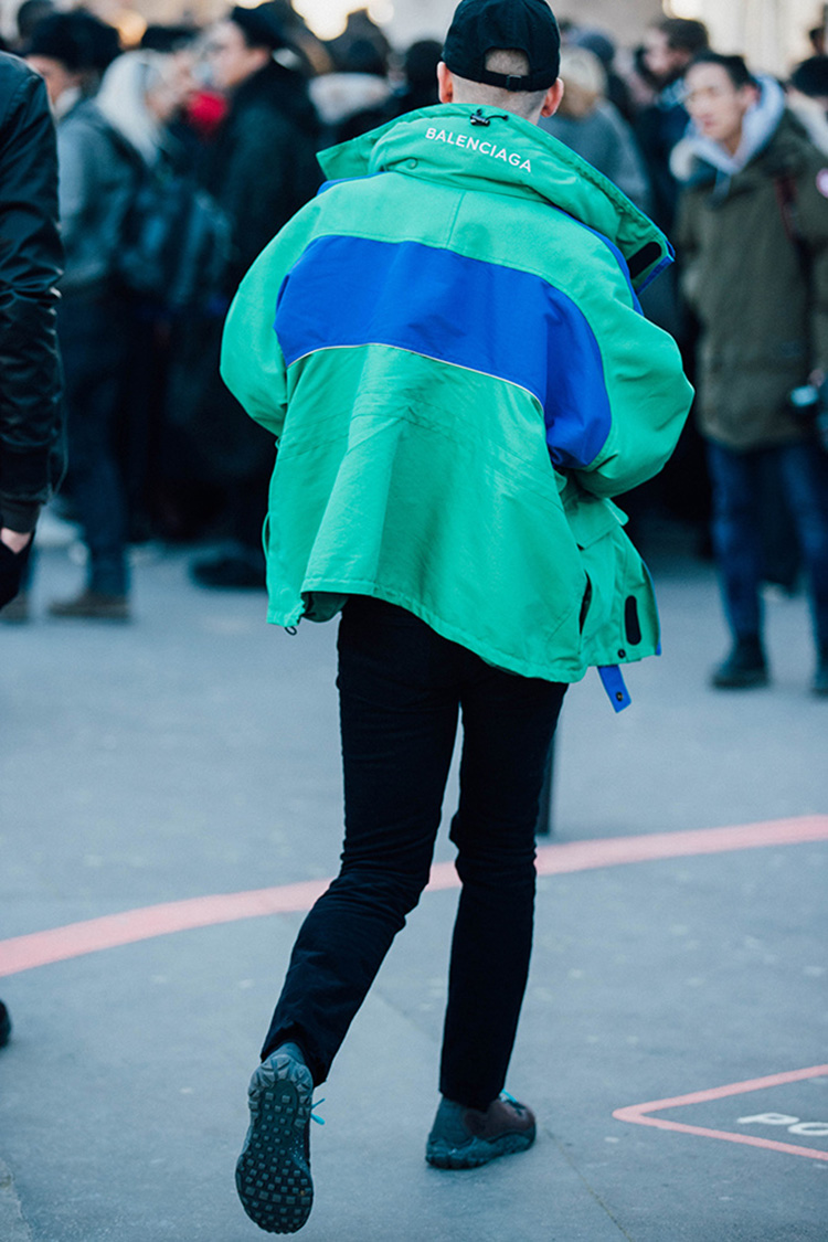 fashion-week-hiver-2017-paris-street-looks-Sandra-Semburg-folkr-28