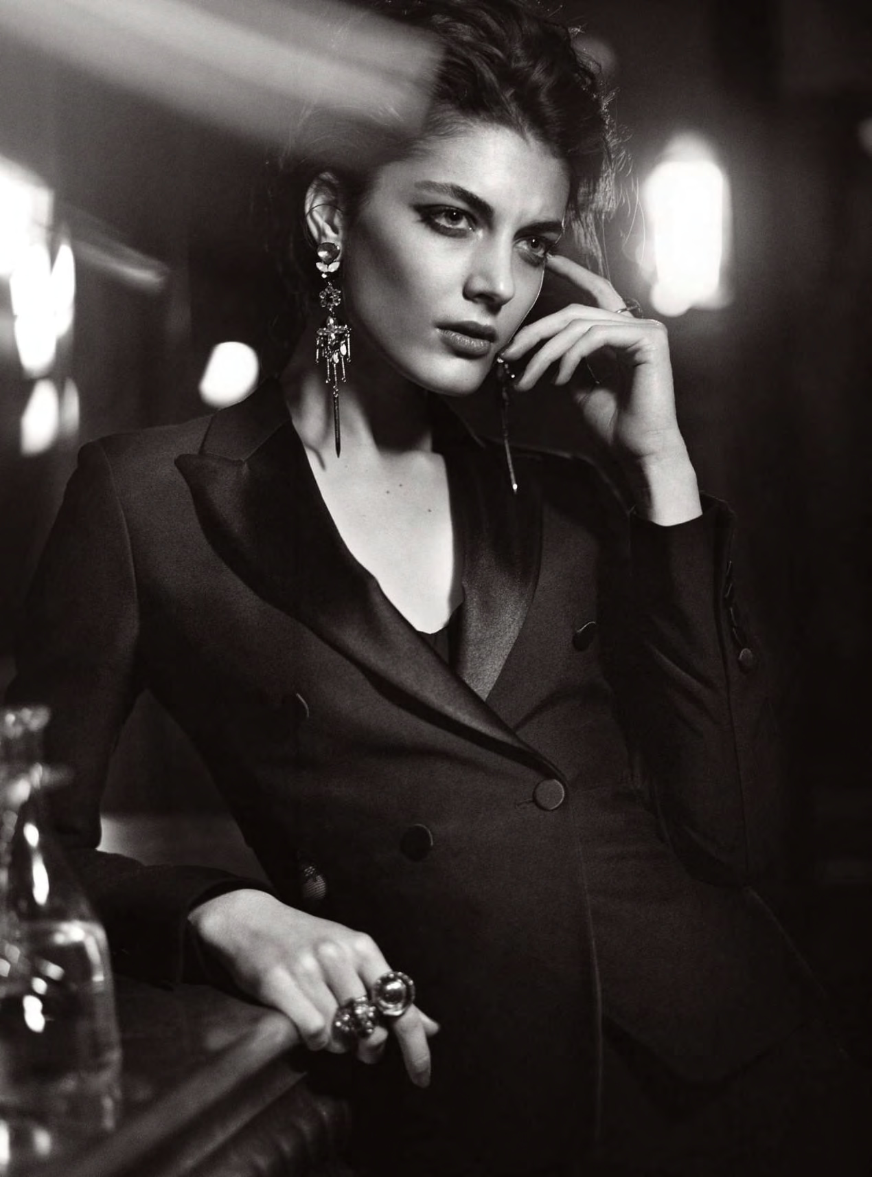 katryn-kruger-by-vincent-peters-for-harper_s-bazaar-uk-april-2015-Vincent-Peters-exposition-hune-paris-folkr-02