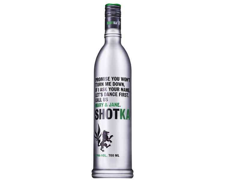 shotka-vodka-cannabis-folkr-bouteille