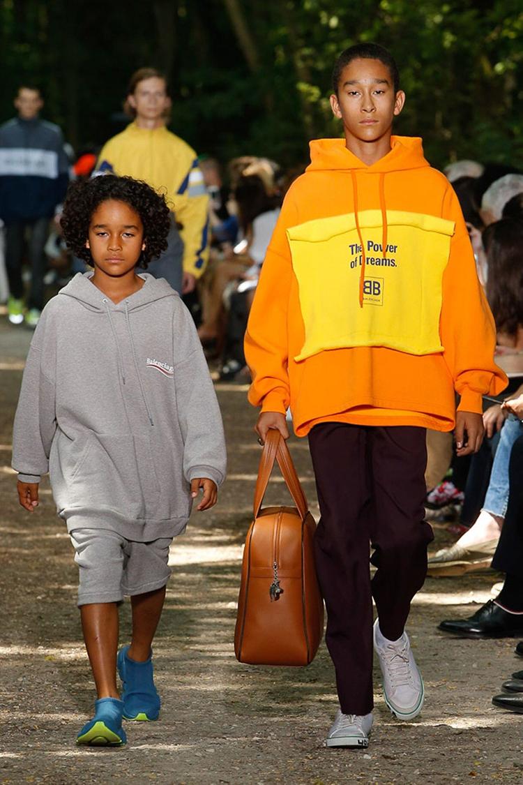 balenciaga-fashionweek-homme-ss18-folkr (11)