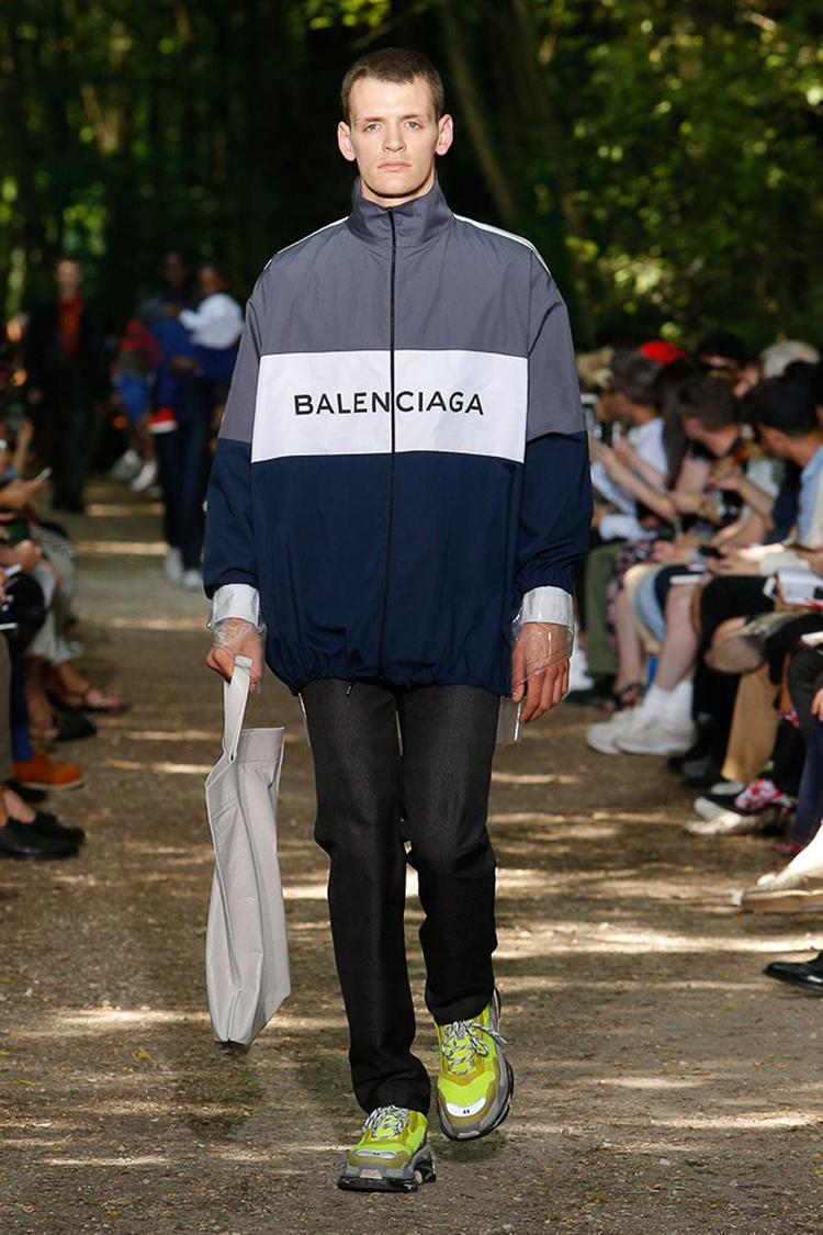 balenciaga-fashionweek-homme-ss18-folkr (12)