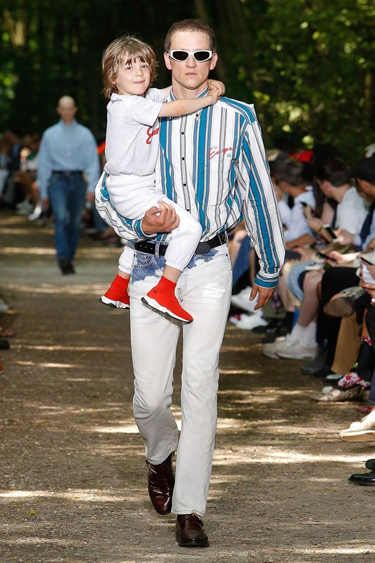 balenciaga-fashionweek-homme-ss18-folkr (15)